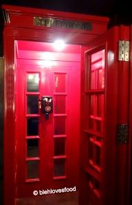 """Please Don't Tell's """"secret entrance"""""""